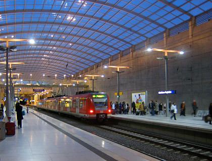 Köln-Bonn Station