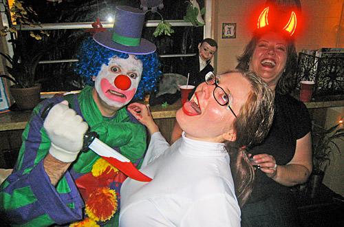 Dave Clown Murders Poppy!