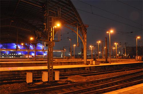 Hauptbahnhof at Night