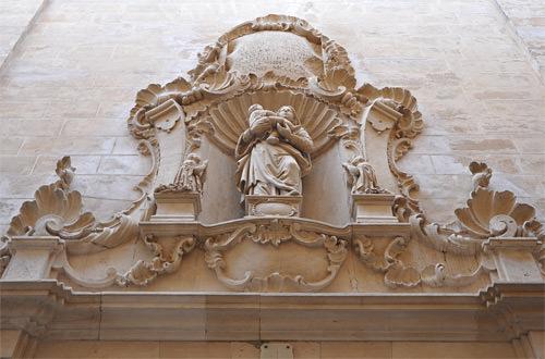 Palma Building Carvings