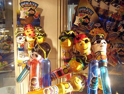 Flashing Pirate Pop Candies
