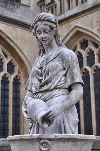 Bath Abbey Statue