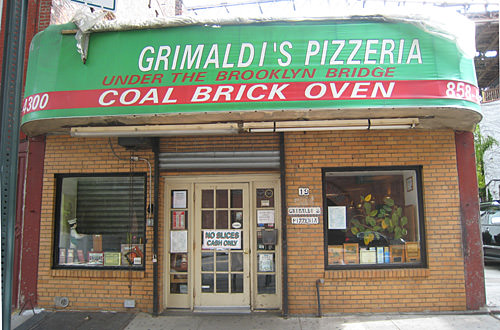 Grimaldi Pizza in Brooklyn