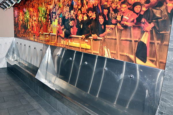 Hard Rock Cafe Hamburg Urinal