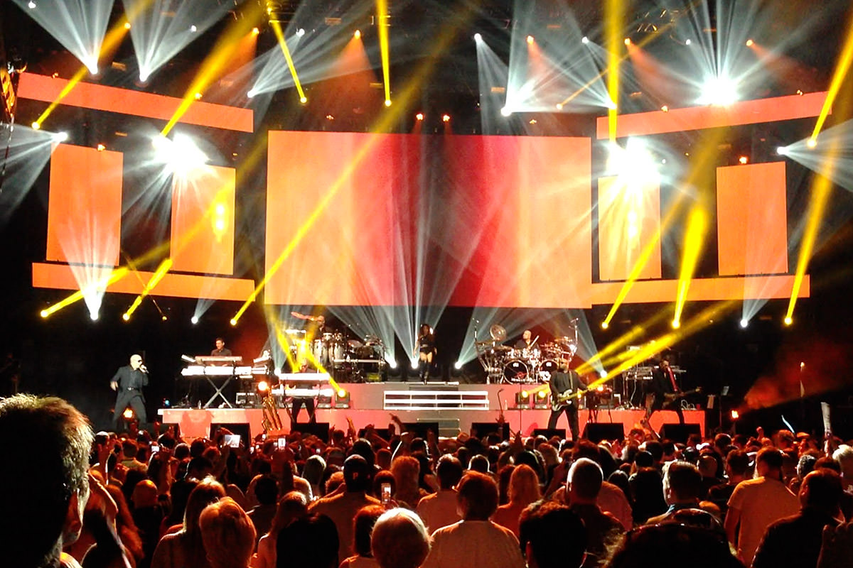 Pitbull Stage