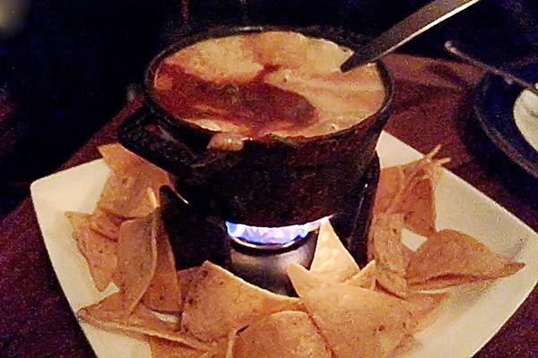 Lolo Flaming Cheese Cauldron