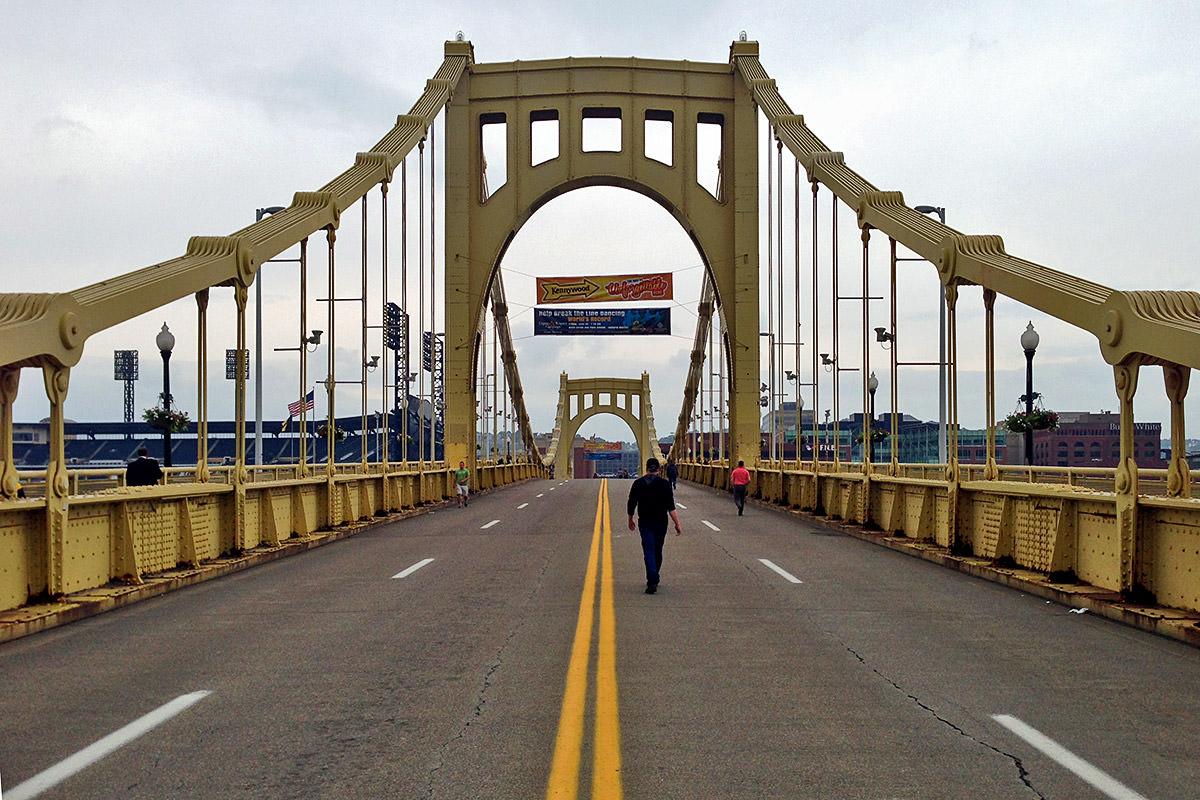Clemente Bridge Walk
