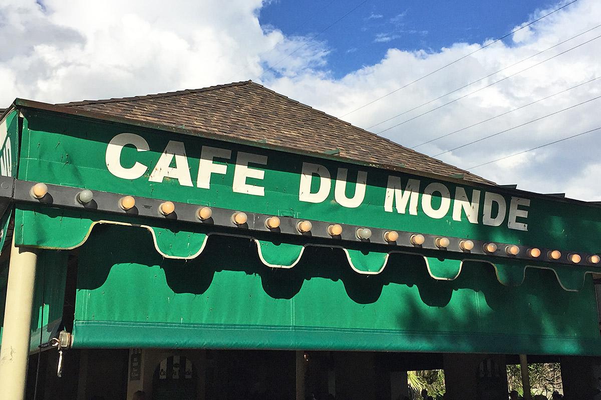 Beignets at Cafe Du Monde.