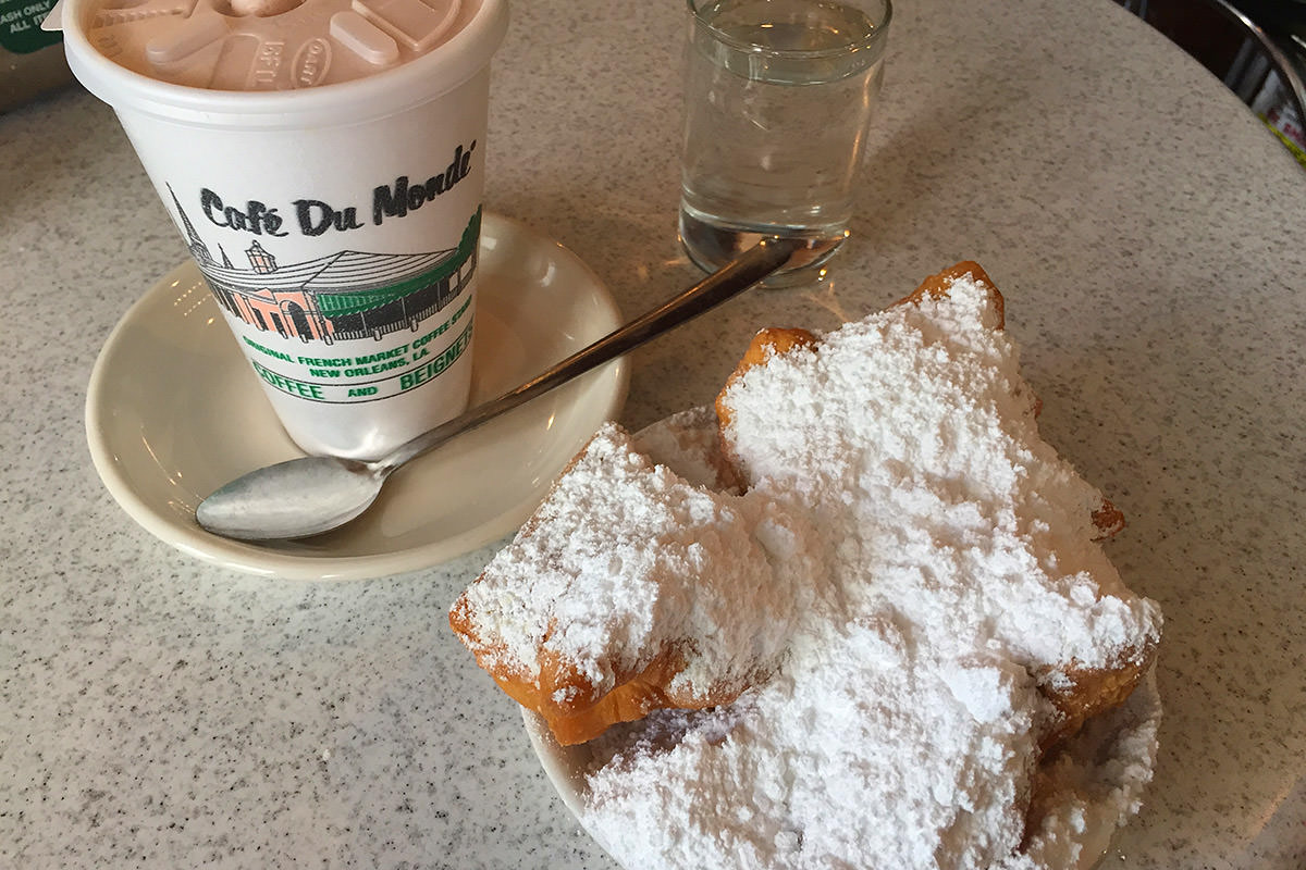 Beignets at Cafe Du Monde AGAIN